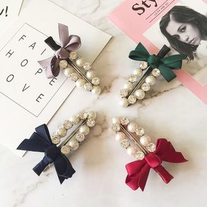 🆕 Beautiful Hair Clips (Pick Your Color!)